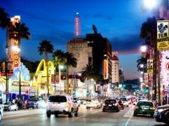 hollywood-at-night